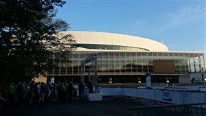 Des groupes de 4000 personnes à la fois vont visiter l'amphithéâtre.
