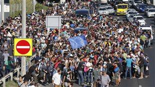 Des centaines de migrants à Budapest, en Hongrie, tentent de trouver refuge dans les pays européens.