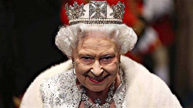 La reine Élisabeth II en 2013