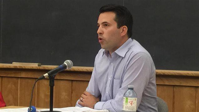 Le candidat conservateur André Robichaud