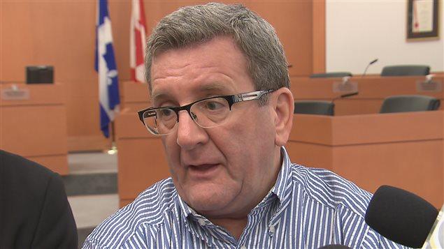 Le maire de Québec, Régis Labeaume, est président d'Équipe Labeaume.