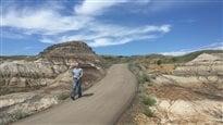 Battre les sentiers: à la découverte des sentiers des Badlands, à Drumheller