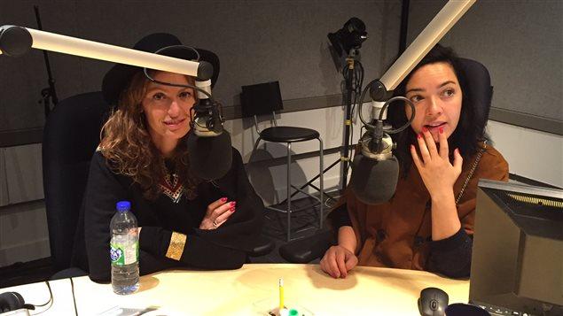 Aurélie Saada  et Sylvie Hoarau forment le duo musical Brigitte.