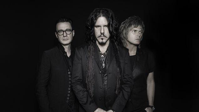 Le groupe The Tea Party vient de relancer au début du mois son album The Edges of Twilight.