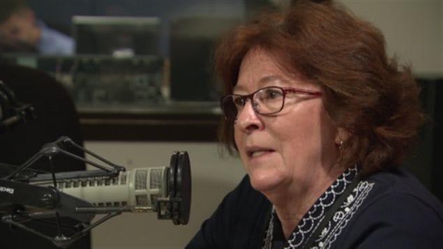 الكندية لويز أربور في مقابلة إذاعية (أرشيف).