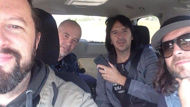 En route pour Red Deer, Les Respectables sont en Alberta pour une tournée de 4 concerts.