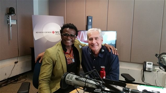 Jean-Marie Vianney est originaire du Cameroun. Ce passionné des médias et de la francophonie vit au pays depuis 20 ans.