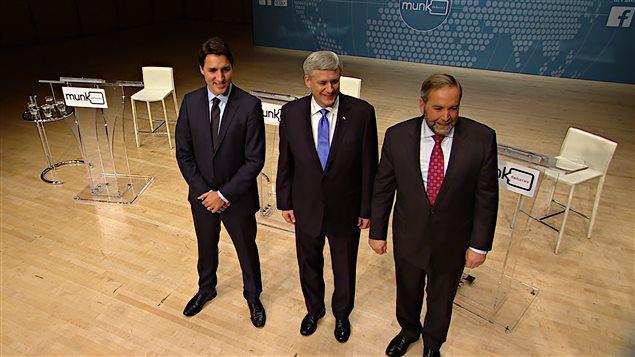 Justin Trudeau, Stephen Harper et Thomas Mulcair avant le débat Munk