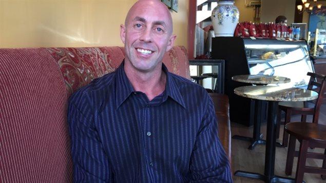 L'homme d'affaires de Calgary Shayne Greer