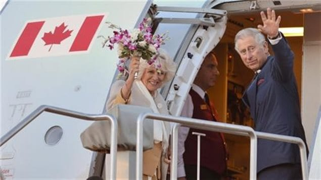 Prince Charles and Camilla, Duchess of Cornwall boarding a Canadian Forces to return to England jet following their tour of Canada in 2014