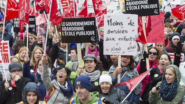 Manifestation des enseignants dans les rues de Montréal
