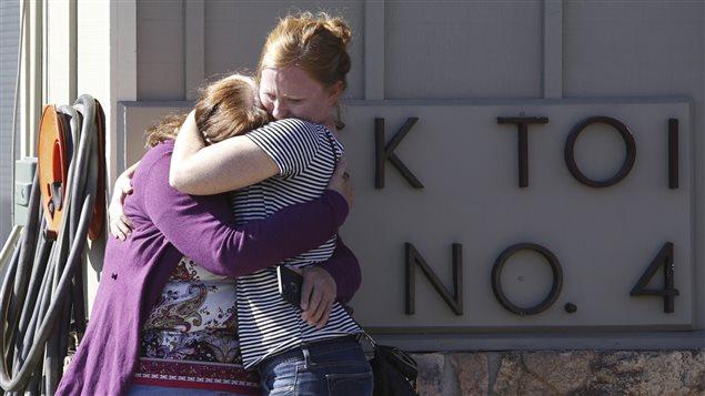 La tuerie dans un collège de Roseburg en Oregon qui a fait dix morts et sept blessés.