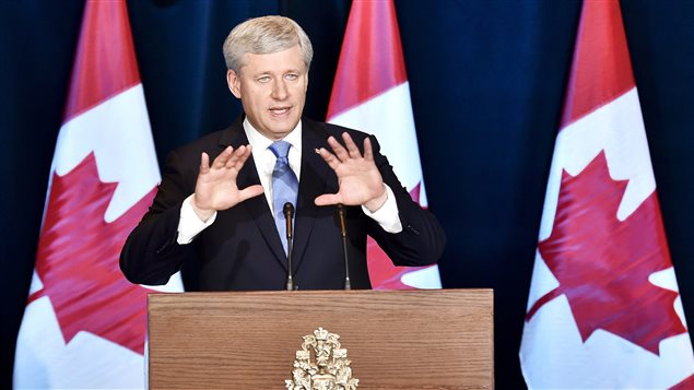 Stephen Harper en conférence de presse à Ottawa.