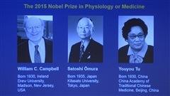 Les trois lauréats du prix Nobel de médecine 2015, tels que présentés sur écran géant lors d'une conférence de presse du Comité Nobel, le 5 octobre à Stockholm
