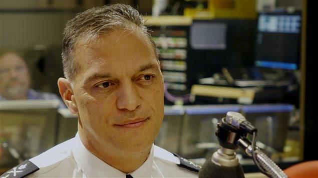 Philippe Pichet, chef du SPVM, au micro d'Alain Gravel