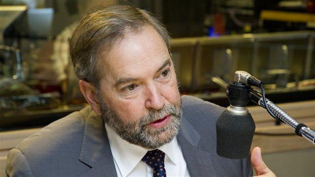 Le chef du NPD, Thomas Mulcair, au micro d'Alain Gravel