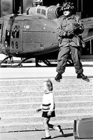 Canadian soldier standing guard in downtown Montreal on October 18, 1970 at the height of the