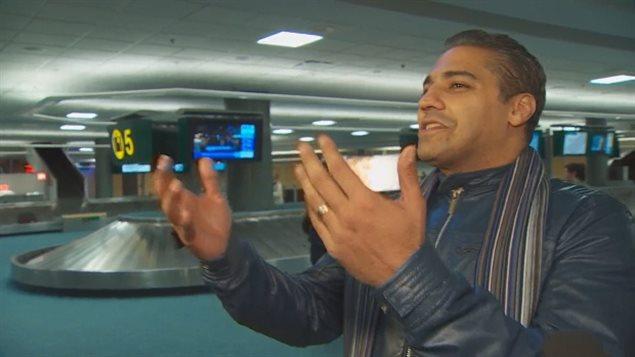 Mohamed Fahmy à l'aéroport de Vancouver