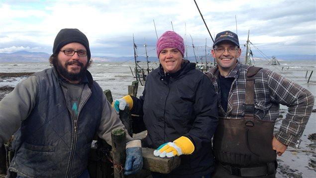 Les trois associés de l'entreprise Les Trésors du fleuve : Rémi Hudon, Josée Malenfant et Simon Beaulieu