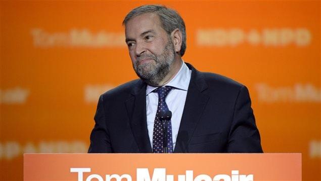 Thomas Mulcair s'adressant à ses militants et partisans à Montréal.
