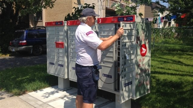 Canada Post Freezes Switch To Community Boxes