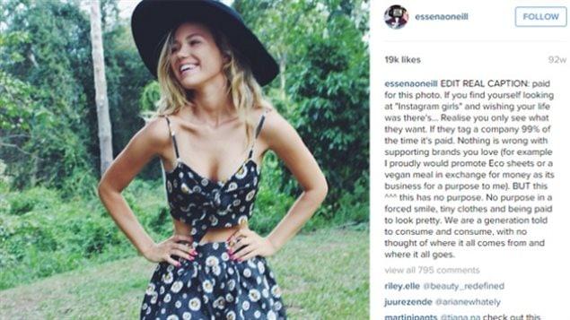 Essana O'Neill a réécrit les légendes de ses photos sur son compte Instagram, avant de le fermer.