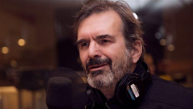 L'auteur-compositeur-interprète Pierre Flynn