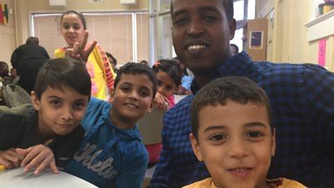 De jeunes réfugiés Syrien à Winnipeg.