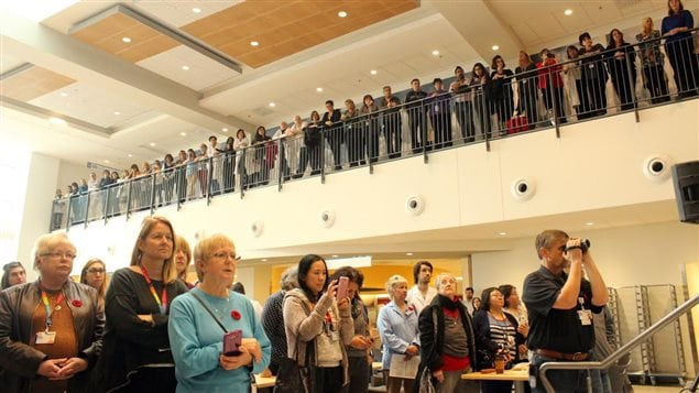 During Remembrance Day today, staff, patients, and visitors gathered at the MUHC cafeteria for the ceremony to commemorate the centenery of the poem