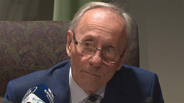 Le maire de L'Ancienne-Lorette, Émile Loranger, n'adhère pas à l'entente sur les frais d'agglomération.