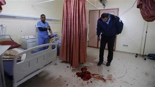 Op ration isra lienne dans un h pital de cisjordanie for Fauteuil chambre hopital