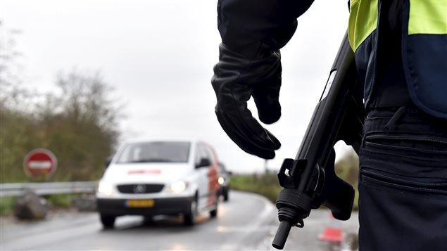 Contrôle routier en France après les attentats de Paris