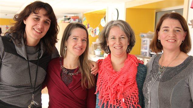 Les enseignantes de l'Académie Sainte-Anne, Émanuelle Pin, Geneviève Côté, Audrey Allard et Pascale Gendron