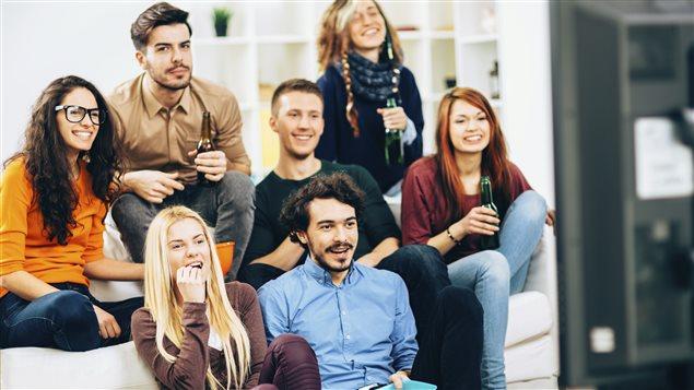 42% des jeunes canadiens de 20 à 29 ans habitent chez leurs parents.