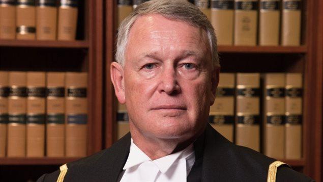 Le juge Robin Camp