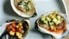 Un mélange d'huîtres sauvages à déguster