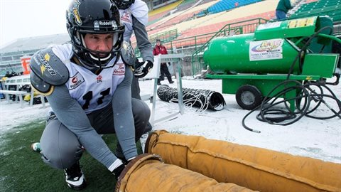 Sideline heaters are de rigeur at Canadian Grey cups played in outdoor stadiums. this year in Winnipeg however, it could be actually above zero..a rare occurence for a Gry Cup in McMahon Stadium, Winnipeg