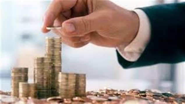 Les institutions financières vont mettre en oeuvre des procédures pour repérer les comptes détenus par les non-résidents et transmettre des renseignements aux autorités fiscales nationales