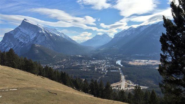 Vue de la municipalité de Banff. Le parc national Banff attire chaque année plus de trois millions de visiteurs.