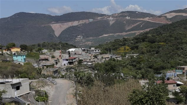 A mine of Canadian mining giant Goldcorp (top) is seen near the village of Carrizalillo, Mexico, November 12, 2015. Picture taken November 12, 2015.