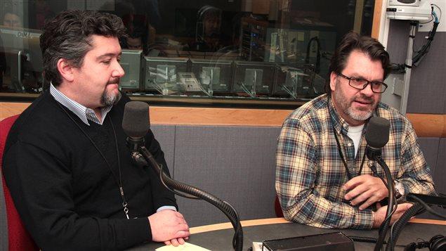 Stéphane Ruffo de l'Association des microdistilleries du Québec et Yvan Quirion de l'Association des vignerons du Québec