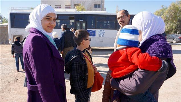 le gouvernement espère que les entreprises québécoises embaucheront des réfugiés syriens.
