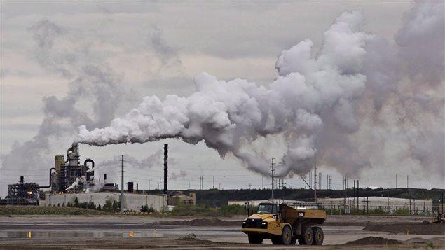 Centrale produisant des émissions de gaz à effet de serre.
