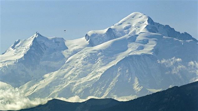 Le plus grand glacier du Mont Blanc en France est surnommé, Mer de Glace.