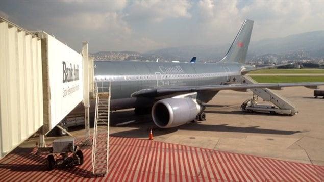 Avion des Forces canadiennes à Beyrouth pour le transport des réfugiés