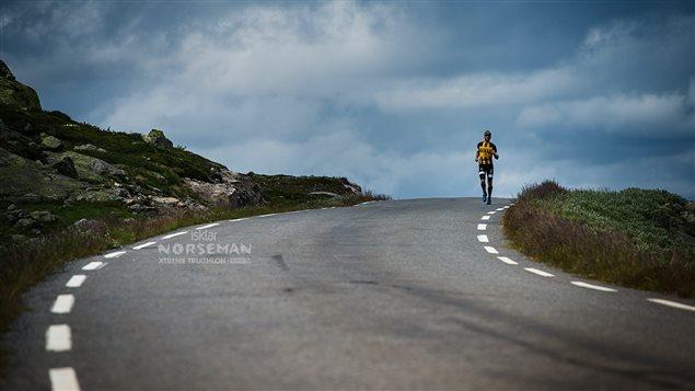Publicité du Triathlon Norseman Xtreme en Norvège.
