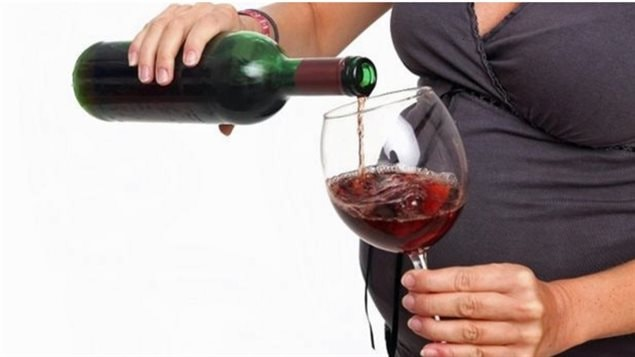 Studies show between six and fourteen percent of Canadian women drink during pregnancy while studies continually show this has a negative effect on the foetus and the child's later development and bahaviour