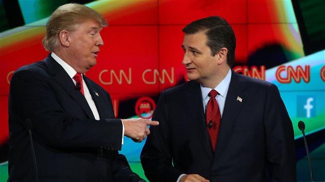 Donald Trump et Ted Cruz, lors d'un débat des candidats à l'investiture républicaine organisé par CNN le 15 décembre.