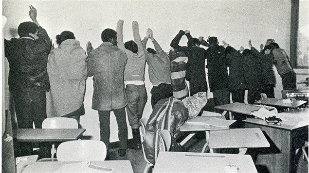 Une photo d'archives de l'émeute de 1969.