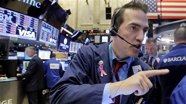 وسطاء بورصة نيويورك في خضم العمل (أرشيف).
